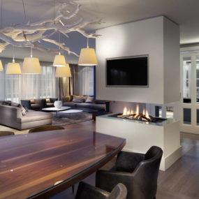 Trendy Interior Makes a Hot Spot for Entertaining