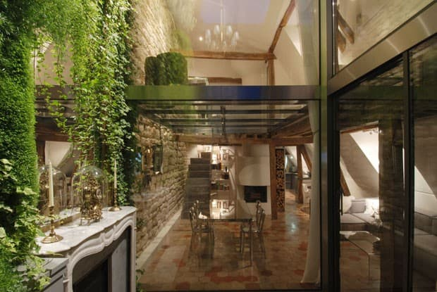 two-floor-apartment-with-a-glass-floor-in-paris-4.jpg