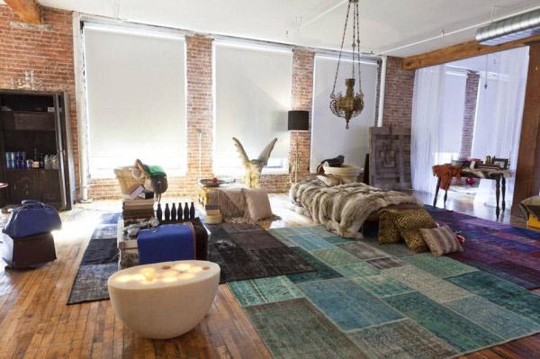 unusual gallery style loft 3