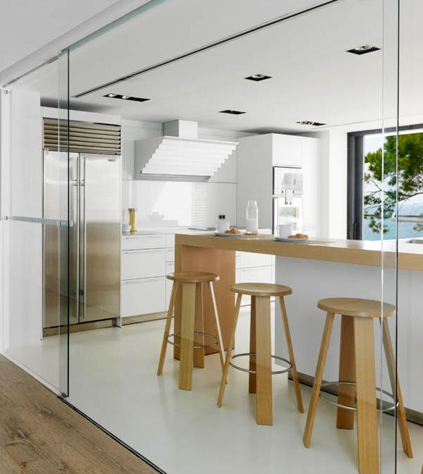 white-home-interior-done-right-8.jpg