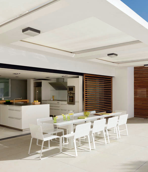 white-home-interior-done-right-9.jpg