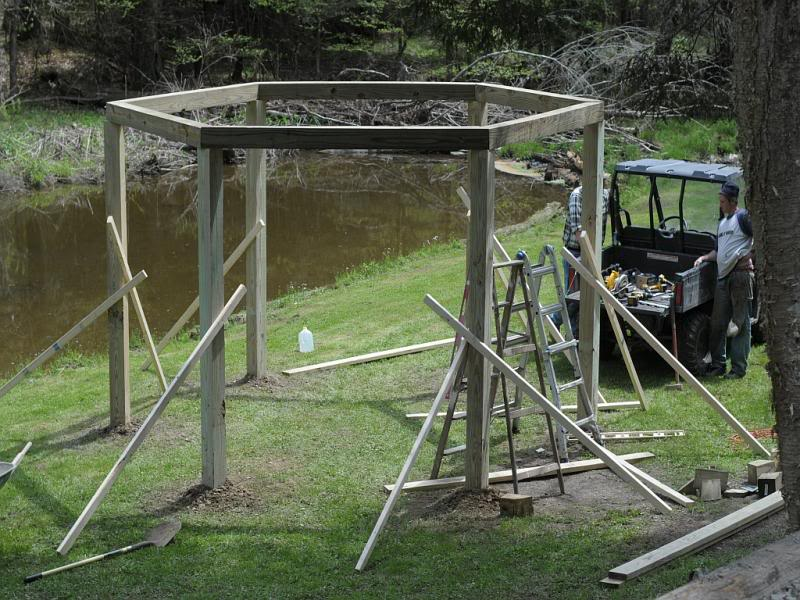 Fantastic diy project porch swings around a campfire for T shaped swing set