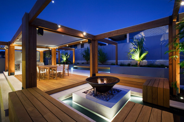 massively modern timber terraces extend australian home outward 1 fire far thumb 630x419 17963 Massively Modern Timber Terraces Extend Australian Home Outward