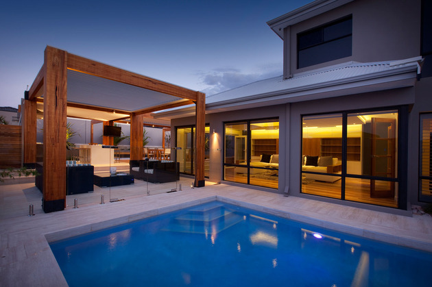 massively modern timber terraces extend australian home outward 2 pool house thumb 630x419 17965 Massively Modern Timber Terraces Extend Australian Home Outward