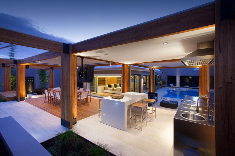 Massively modern timber terraces extend australian home for Modern terrace house plans
