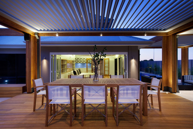 massively-modern-timber-terraces-extend-australian-home-outward-7-dining-straight.jpg