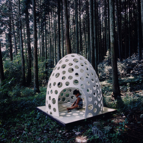 concrete pod 1 Concrete Shell Structure Eggshell   a concrete pod for all occasions