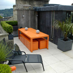 Contemporary Urban Rooftop Garden Design