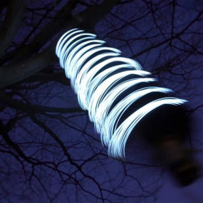 Firewinder wind-powered outdoor light – see the wind!