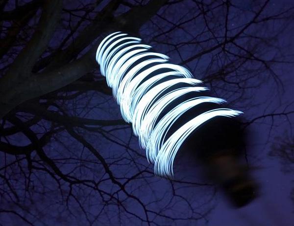 ecotopia firewinder light 1 Firewinder wind powered outdoor light   see the wind!