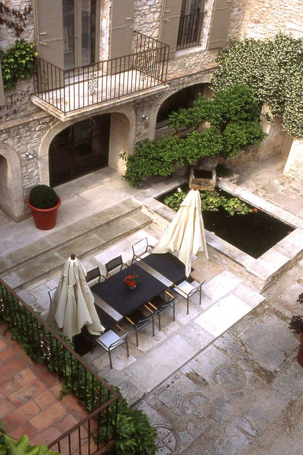 french style courtyard 1 French Style Courtyard