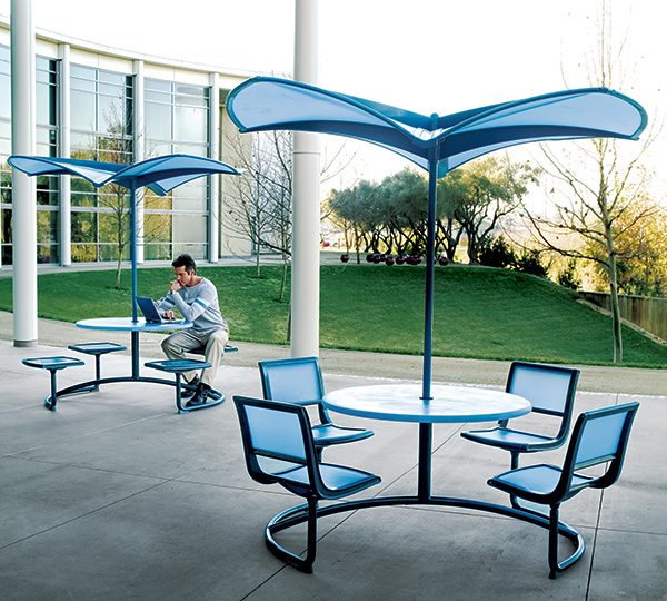 landscape forms shade 35 umbrellas Shade 35 Modern Umbrella shapes the future of outdoor furniture   from Landscape Forms