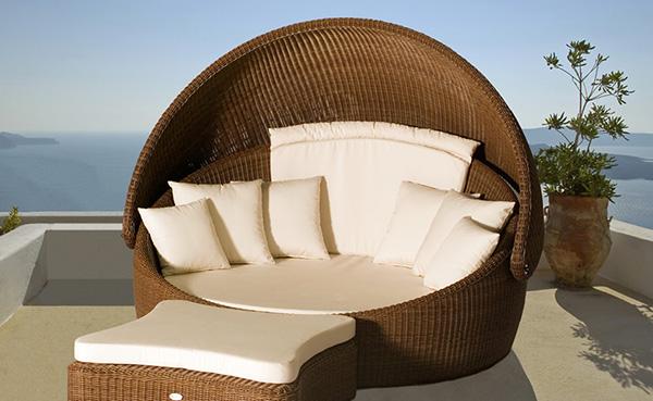 Wicker outdoor furniture from merane for Banano de jardin