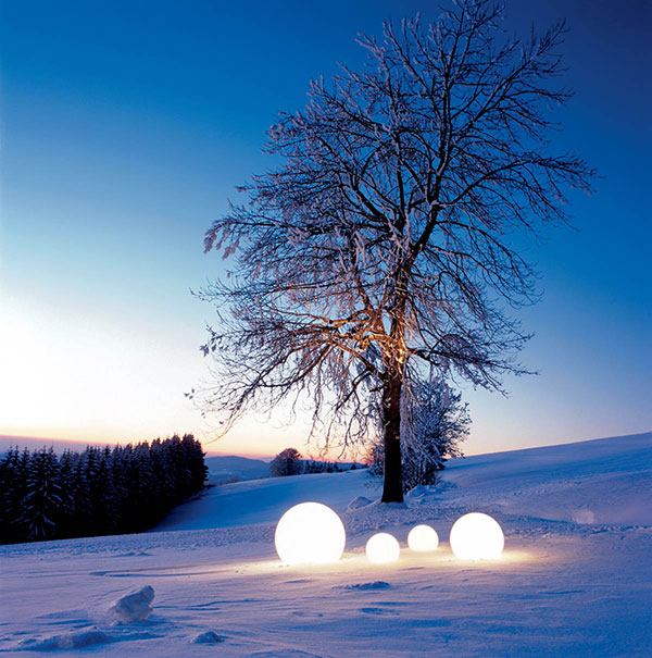moonlight globe outdoor light winter Outdoor Moonlight Globe Light