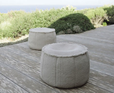 paola-lenti-outdoor-soft-pouf-play.jpg