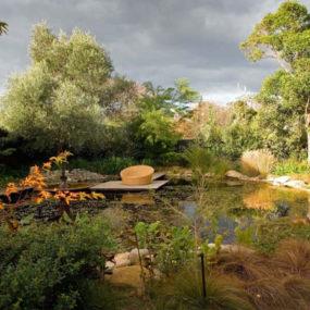 Romantic Garden Design – Family Retreat Idea with Garden Rooms