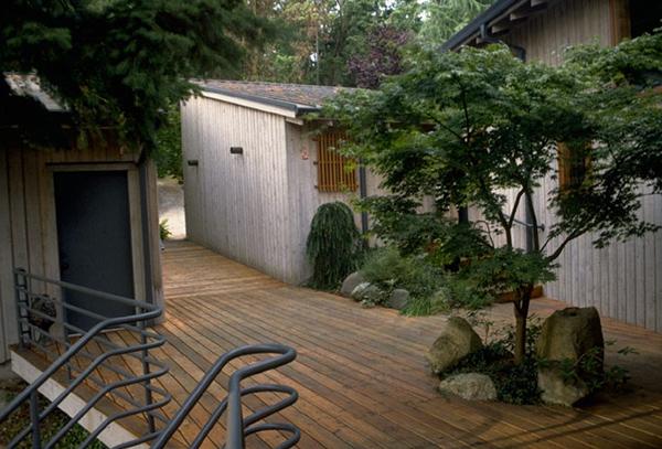 wood deck design idea Wood Decking Around a Tree Design Idea