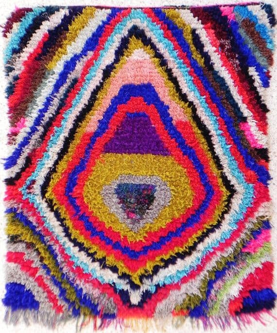 50 Most Dramatic, Gorgeous, Colorful Area Rugs For Modern