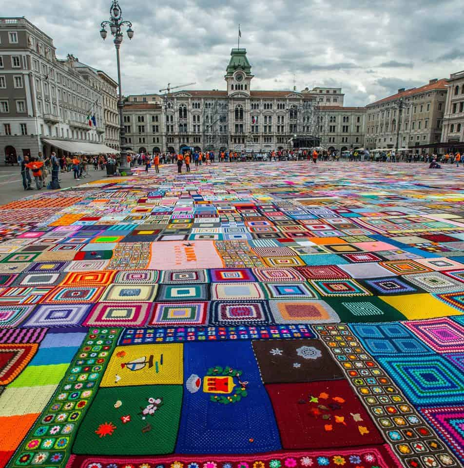 This Crochet Granny Squares Blanket Is The Largest In The