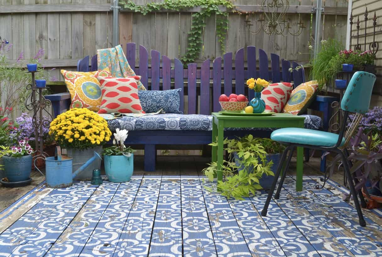 wood patio painted with stencils area rug look 2