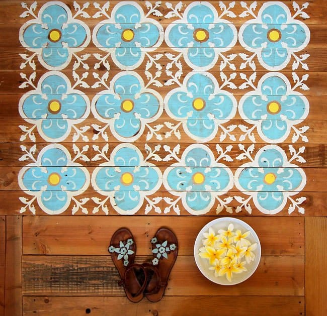diy doormat made from wood pallet stenciled 5