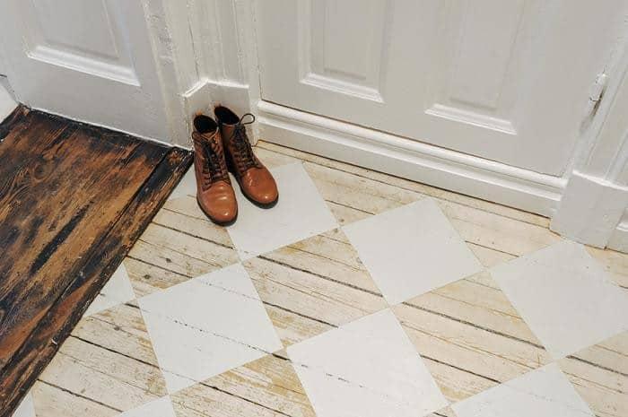 wood floors pattern. View in gallery stenciled checkerboard pattern foyer rustic wood floors jpg Top 10 Stencil and Painted Rug Ideas for Wood Floors