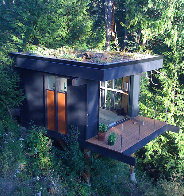 View In Gallery 15 Tiny Gateway Vacation Cabin Designs 1 Thumb 630x670  43560 15 Ingeniously Designed Tiny Cabins For