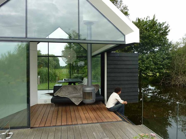 15-tiny-gateway-vacation-cabin-designs-14b.jpg