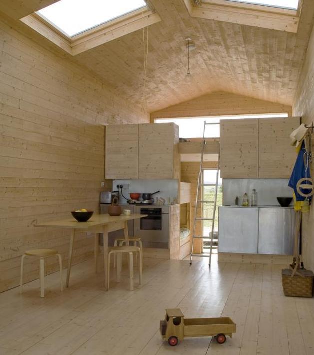 15-tiny-gateway-vacation-cabin-designs-4c.jpg