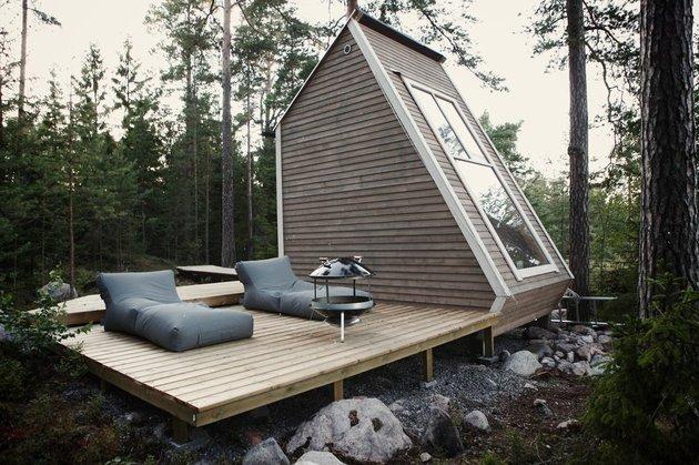 15-tiny-gateway-vacation-cabin-designs-5a.jpg