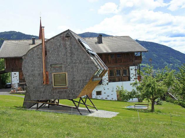 15-tiny-gateway-vacation-cabin-designs-6a.jpg