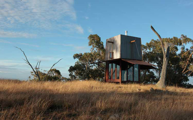 15-tiny-gateway-vacation-cabin-designs-9a.jpg