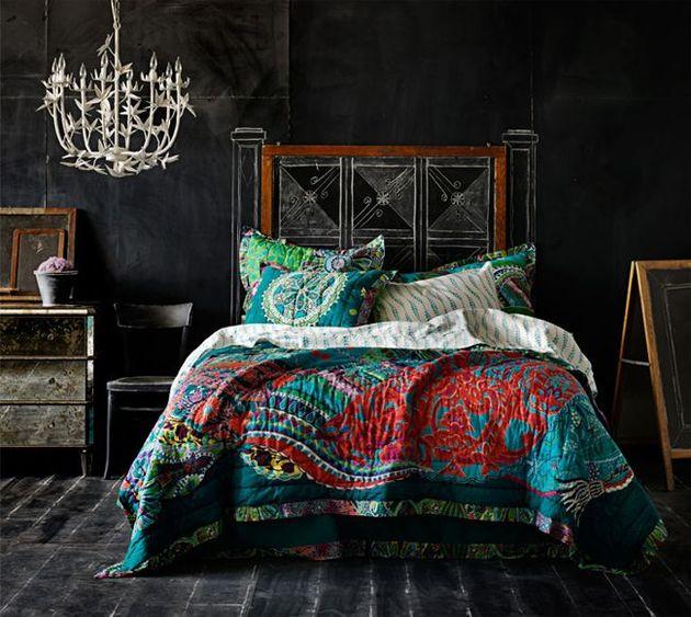 19-chalkboard-bedroom.jpg