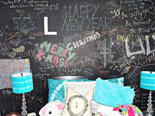 27-chalkboard-headboard.jpg