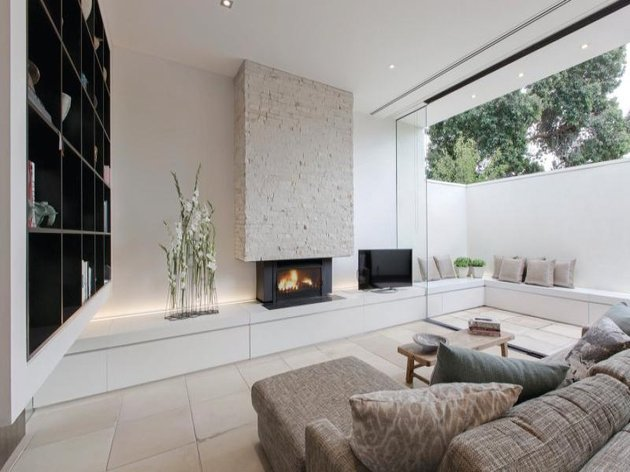 quick-decorating-idea-fireplace-room-1.jpg