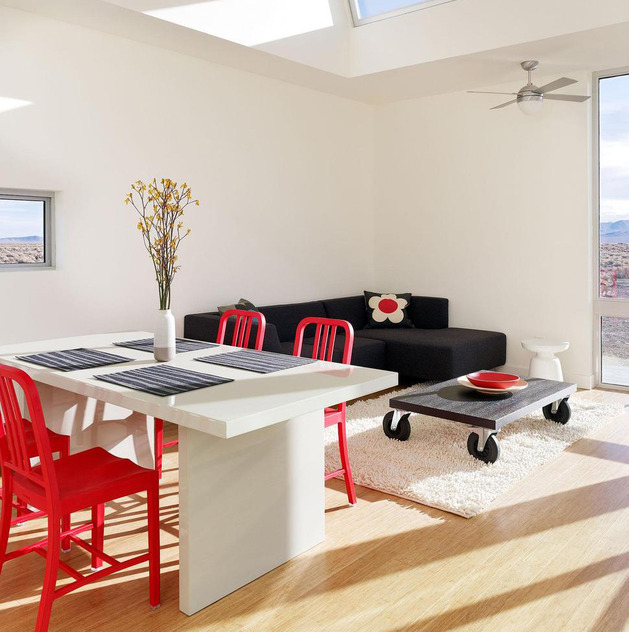 red-chairs-create-drama-11-trendy-ideas-7-dining- chairs.jpg