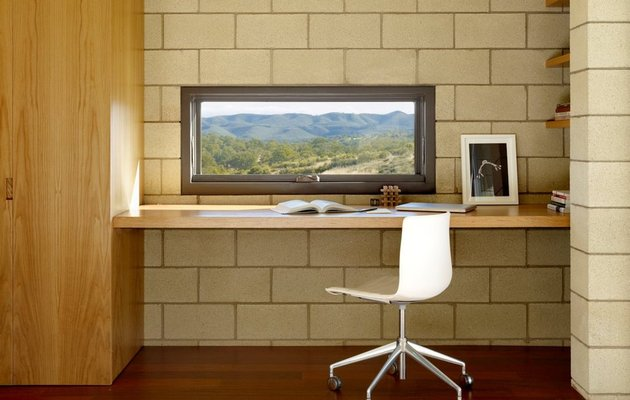 study-room-window-with-mountains-view.jpg