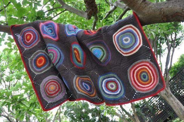 crochet-big-circles-afghan.jpg