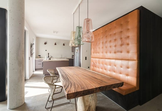 built-in-dining-nook-with-rustic-table-and-leather-sitting.jpg