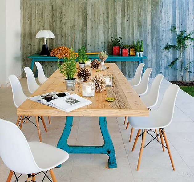 country tables with contemporary dining chairs 1 Combining Country Dining Tables with Modern Chairs is Trendy