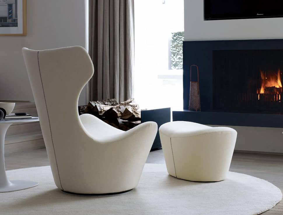 View in gallery lounge chair with footstool bb italia grande papilio  10 Iconic Lounge Chairs Footstools
