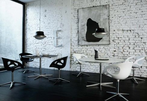 fritz hansen moulded plastic chairs rin 3