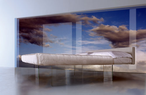 lago air bed 1 Bed that Floats in the Air by Daniele Lago