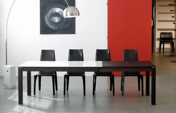 ozzio extendable table 1
