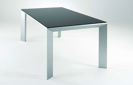 ozzio-extendable-table-4.jpg