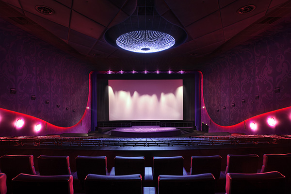 robert majkut design cinema multikino premiere hall New Futuristic Cinema Opens in Warsaw   The Multikino Zlote Tarasy Cinema by Robert Majkut